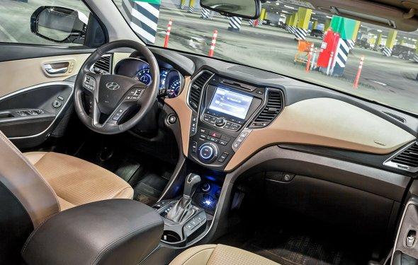 Обращаем лицом к покупателю Hyundai Grand Santa Fe. Тест-драйв — ДРАЙВ