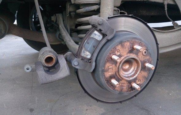 Самостоятельная замена задних тормозных колодок. — logbook Hyundai