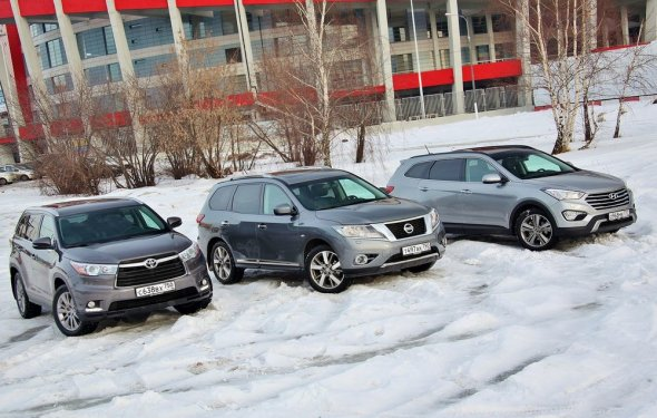 Сравнительный тест Nissan Pathfinder, Hyundai Grand Santa Fe и